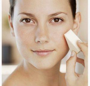 Makeup sponge blending