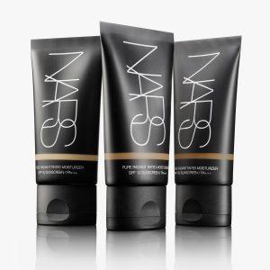 NARS - Pure Radiant Tinted Moisturizer SPF 30