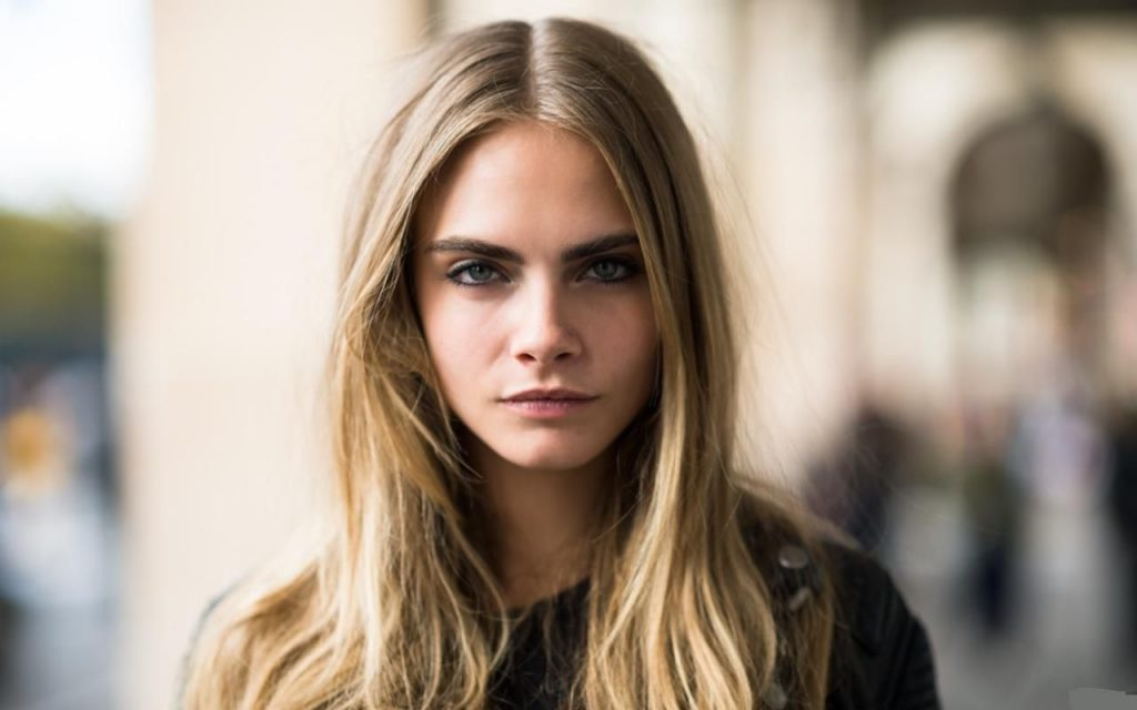 Cara Delevingne bushy slopping eyebrows