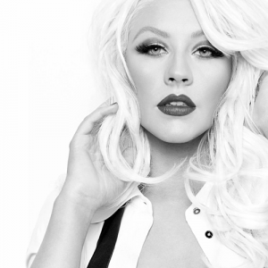 Christina Aguilera sharp angled eyebrows