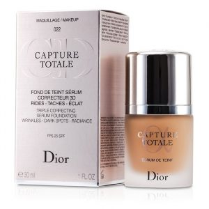 Christian Dior Capture Totale Triple Correcting Serum Foundation SPF25 in 022 Cameo
