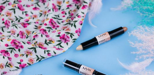 Review NYX Wonder Stick Cover