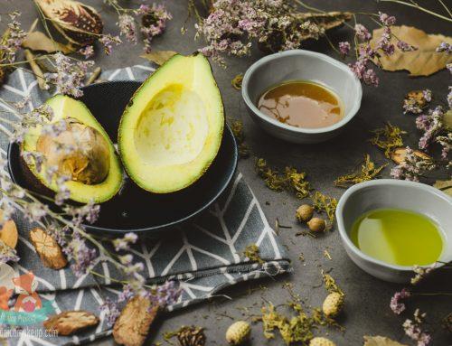 Avocado, Jojoba Oil and Manuka Honey Face Mask for Combination, Oily, Sensitive and Dry Skins